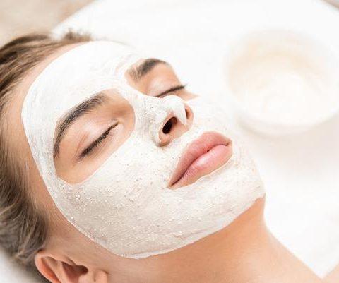 limpieza facial con mascarillas