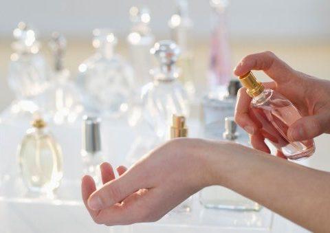 Cómo probarse correctamente las fragancias