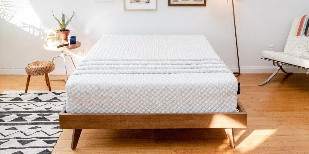 Como limpiar fácilmente un colchón con pocos materiales